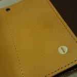 小さい財布ダンボーバージョンにのみ付くコイン入れマーク